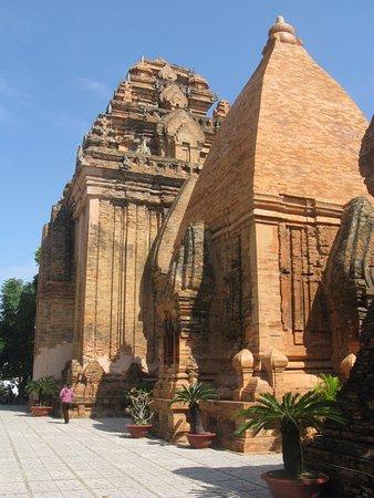 Phan Thiet, Vietnam: башни