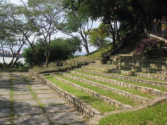 Phan Thiet, Vietnam: ступени