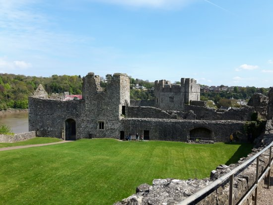 Chepstow, UK: At the top of the castle, looking down the slope.