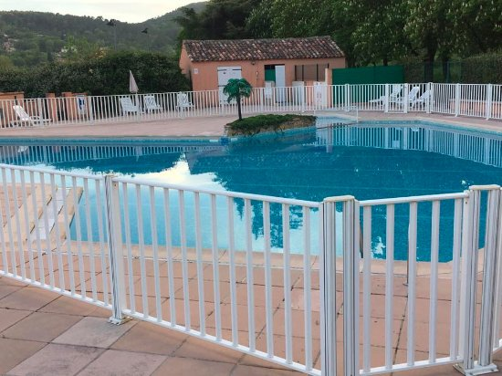 Le thronnet photo de od sia vacances village club le for Piscine bresles