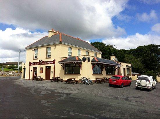 Kilkieran, Ireland: Coyne's Bar & Bistro