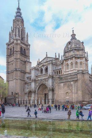 Catedral Primada desde plaza del ayuntamiento
