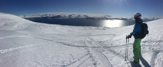 Lyngen Municipality, Norveç: photo1.jpg