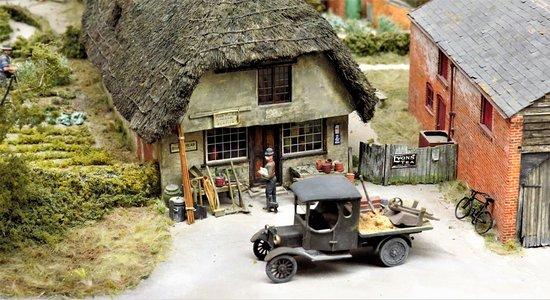 Long Wittenham, UK: Miniature Shop, Pendon Museum