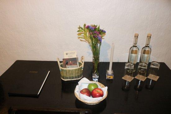 El Albergue Ollantaytambo: Great apples