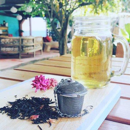 Panajachel, Guatemala : Green tea.