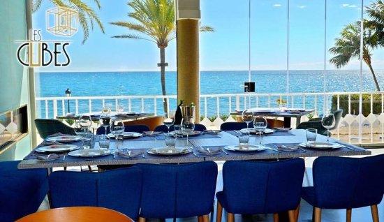 Restaurante les cubes en marbella con cocina otras cocinas for Cocinas marbella