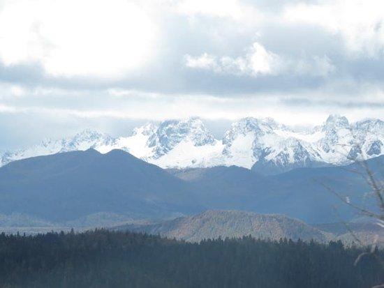 Shangri-La County foto