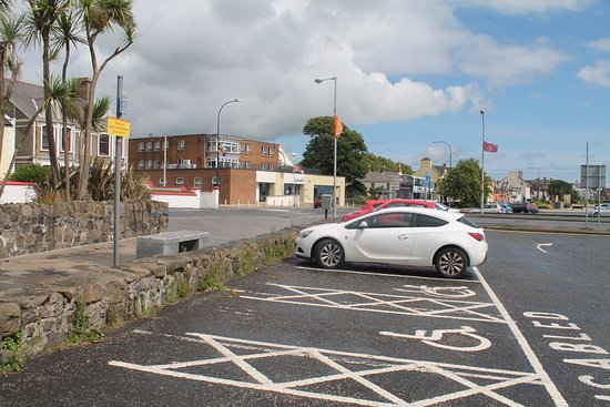Carrickfergus, UK: Pay and display car park across the road.