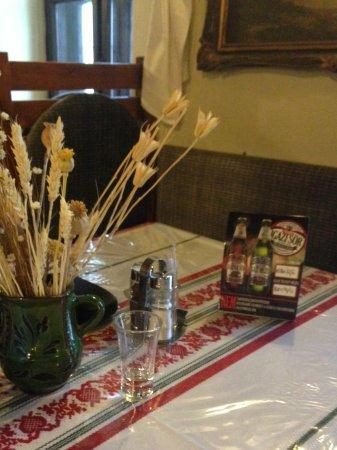 Tiszafured, Hungría: Asztal