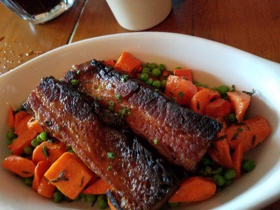 Felton, CA: Pork belly and fresh veggies