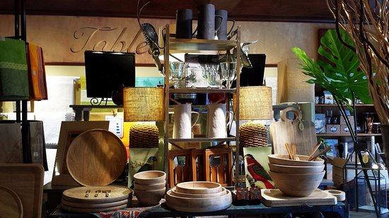 Washington, VA: Shop display, Natural Mango Collection of trays, bowls and platters.
