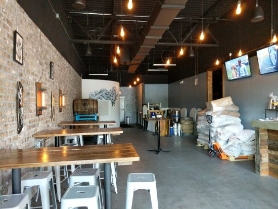 Trinity, Floryda: Escape Brewing Company
