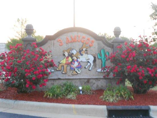 Elizabeth City, Carolina del Norte: Road sign.
