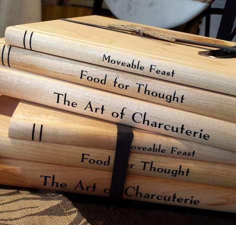 "‪‪Washington‬, فيرجينيا: Cute ""Moveable Feast"" cutting boards created as a stack of books.‬"