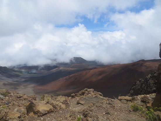 Kula, Hawaï : Hiking above the clouds
