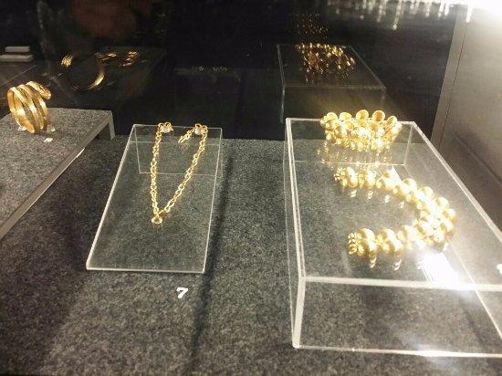 Museo dell'Ara Pacis: mostra in corso Spartacus, doni del padrone alla propria schiava (Pompei)