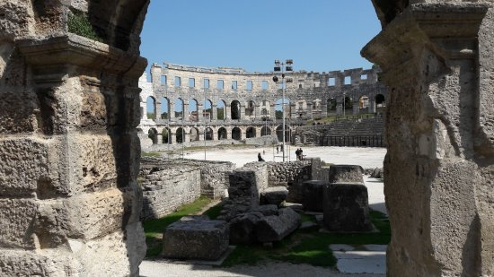 The Arena in Pula: 20170423_110941_large.jpg