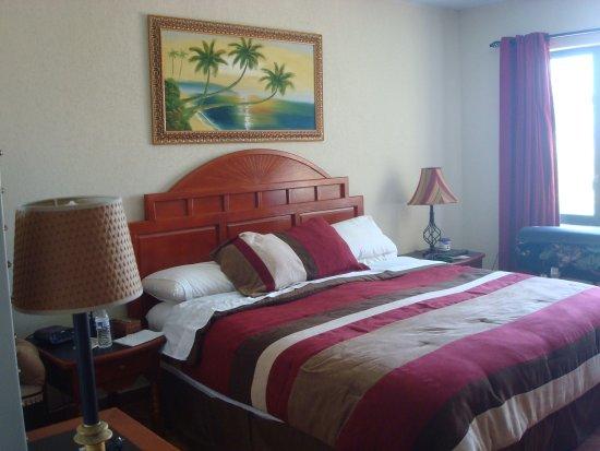 The Ocean Villas : Dormitorio, tambien con vista al mar