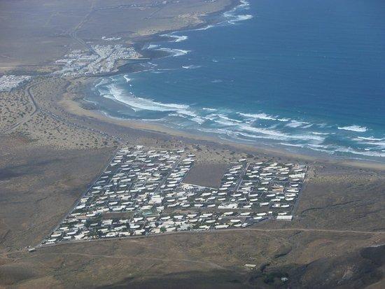 Famara, Spanien: Anlage und Bucht
