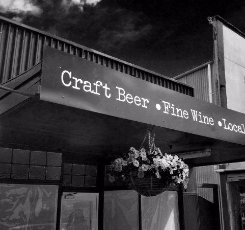 Carterton, New Zealand: balter bar & kitchen craft beer and wine bar