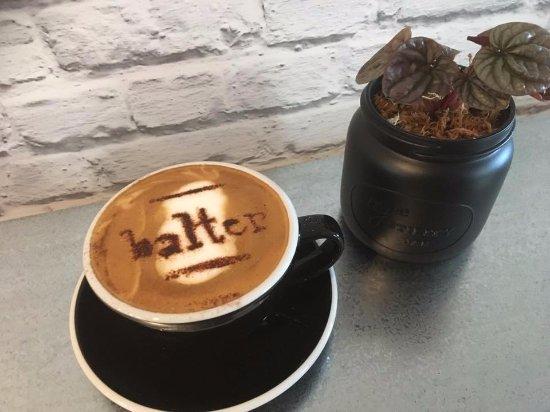 Carterton, New Zealand: balter bar & kitchen coffees and snacks
