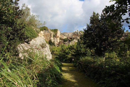 Parco Archeologico Della Neapolis: Steinbrüche Des Paradieses