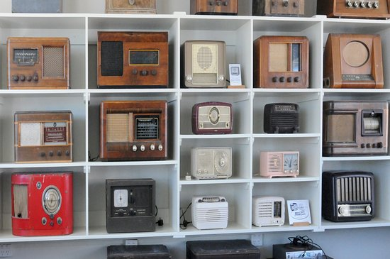 Gisborne, New Zealand: Vintage Radio collection. Open on Request