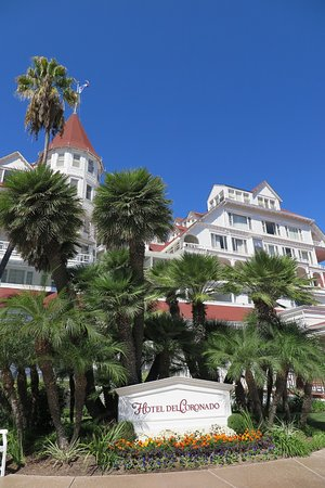 Coronado, CA: The Old Hotel