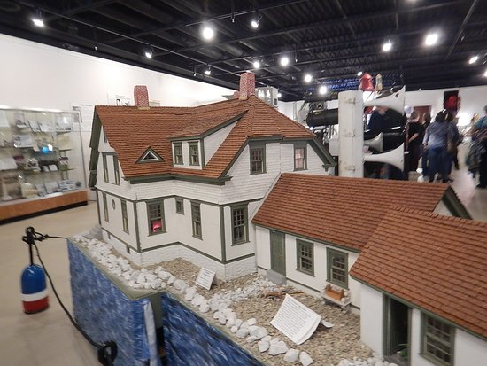 Rockland, ME: So many lighthouse homestead models