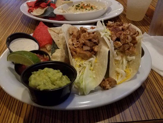 Beach Quarters Resort: Chix on the Beach (Chicken Tacos) they were just ok but I like the place.