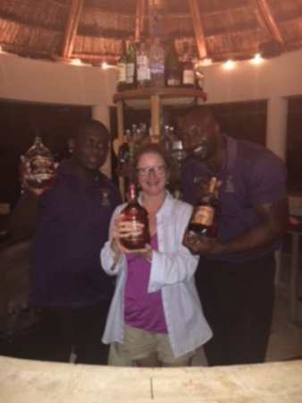 The SPA Retreat Boutique Hotel: Rum!!