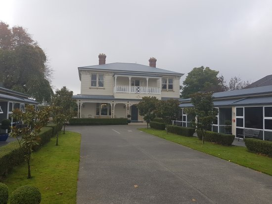 Merivale Manor: TA_IMG_20170424_101752_large.jpg