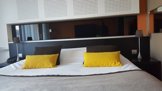 lit double confortable picture of diana hotel restaurant spa molsheim tripadvisor. Black Bedroom Furniture Sets. Home Design Ideas