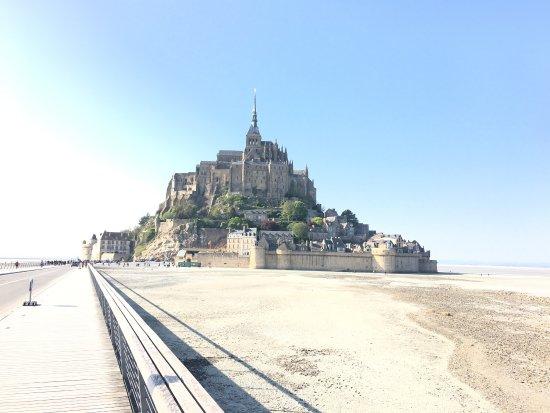 Photo de office du tourisme mont saint - Office du tourisme du mont saint michel ...