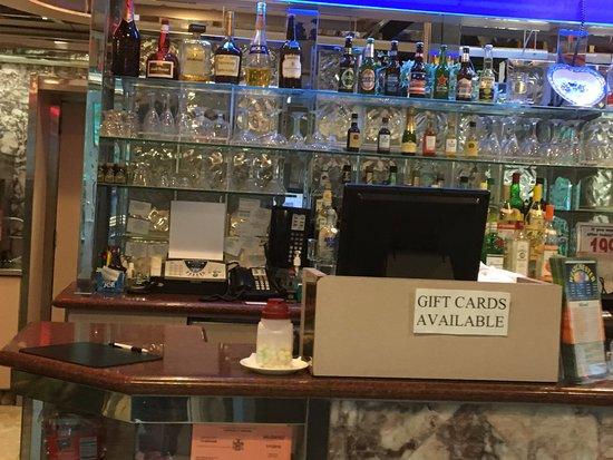 Peekskill, NY: Westchester Diner - bar area