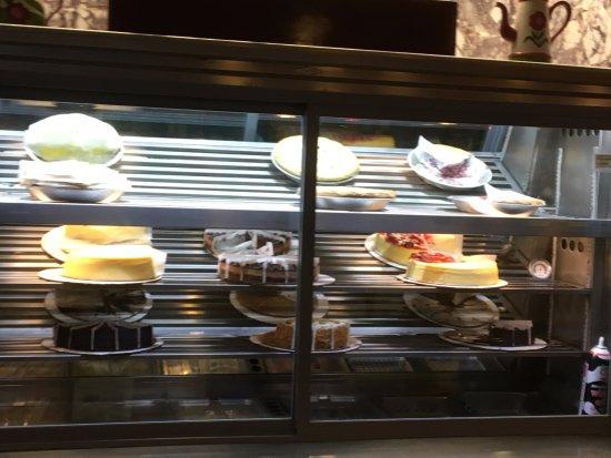Peekskill, NY: Westchester Diner - dessert case