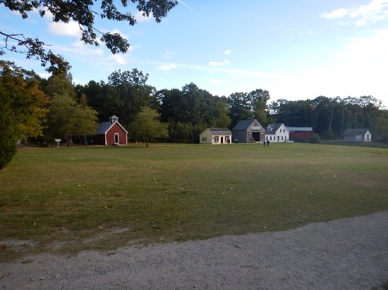 Boothbay, ME: Expansive grounds for kids to roam
