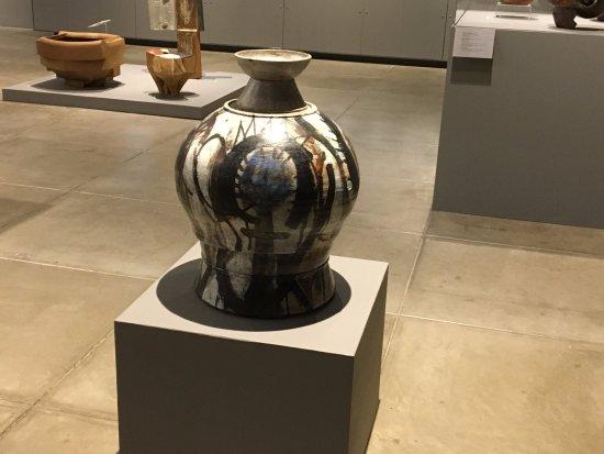 Syracuse, NY: Everson Museum - ceramics_4