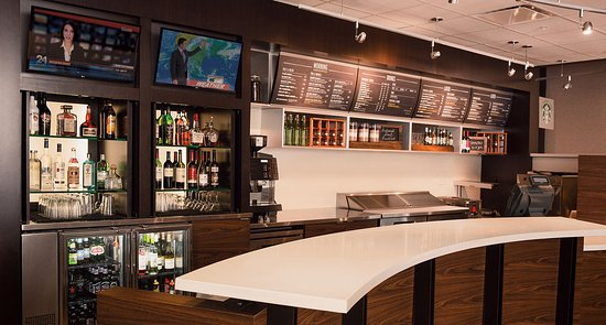 Cypress, TX: Settle in at The Bistro for breakfast, dinner, coffee and cocktails.