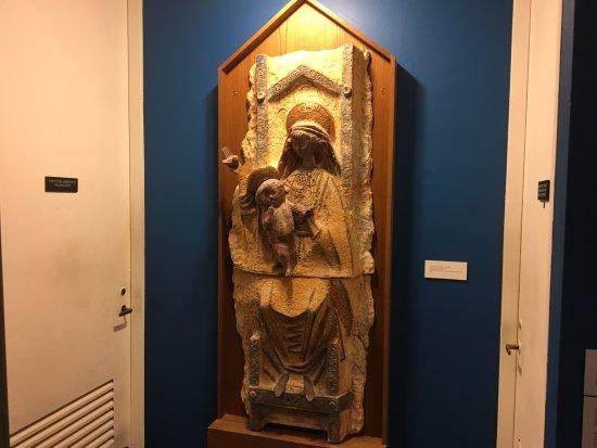 Syracuse, NY: Everson Museum - ceramics_5