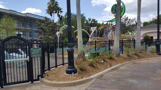 Disney's Port Orleans Resort - French Quarter: French Quarter - Kiddie Pool