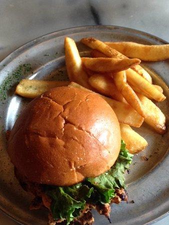 The Park Grill: Chicken Sandwich