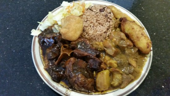 Lawndale, Califórnia: Curry Goat and Oxtail