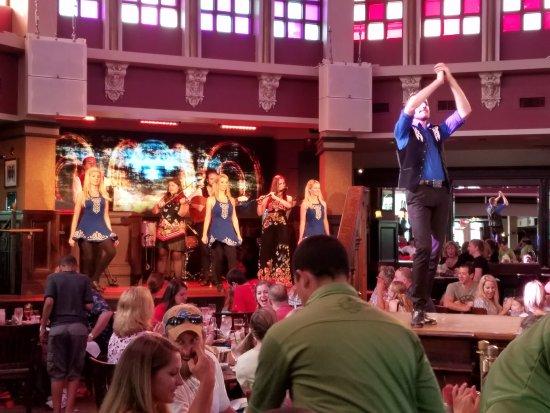Raglan Road Irish Pub & Restaurant: 20170423_180244_large.jpg