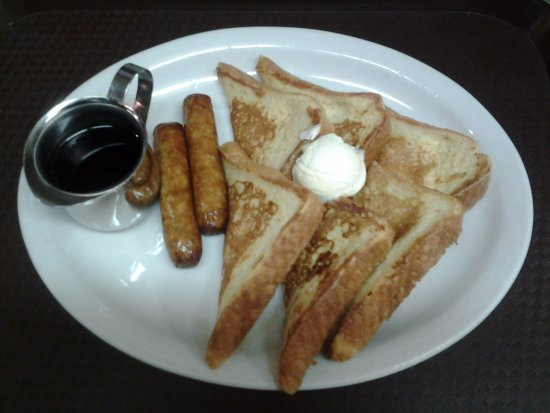 Oelwein, IA: French Toast and Sausage