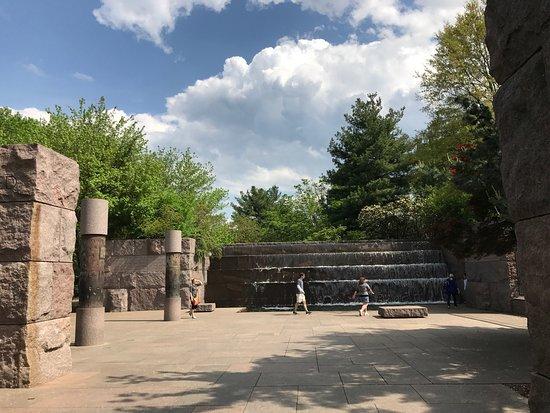 Franklin Delano Roosevelt Memorial: photo6.jpg
