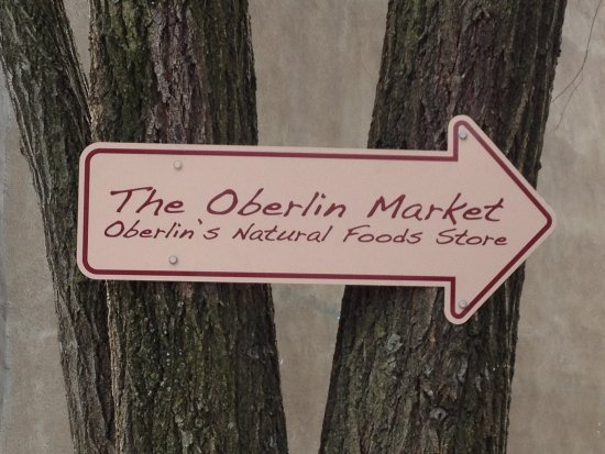 Oberlin, OH: this way....