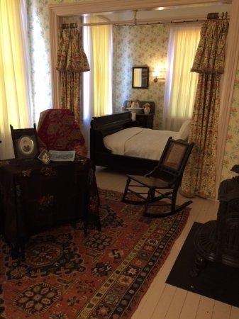 Mentor, Οχάιο: Mollie Garfield's room.