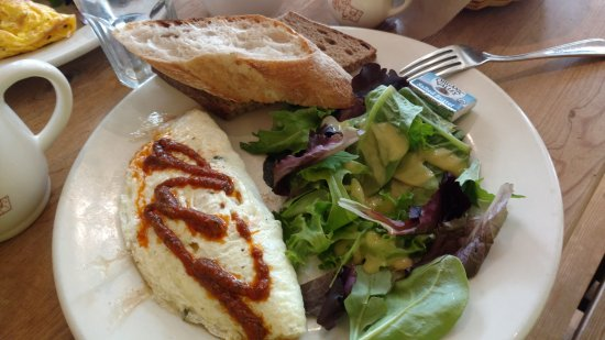 Fairfax, VA: Le Pain Quotidien Mosaic District